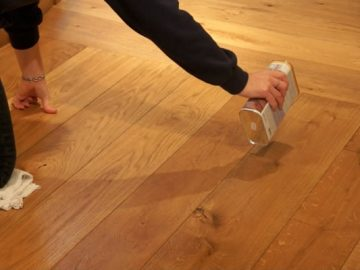 How to maintain wooden floors